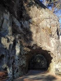PC148675数馬の切通し隧道1501 (210x280).jpg